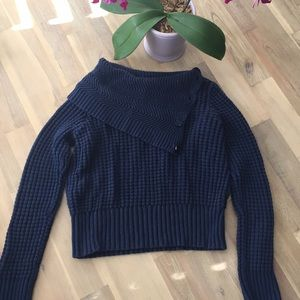 Nice navy blue crop sweater